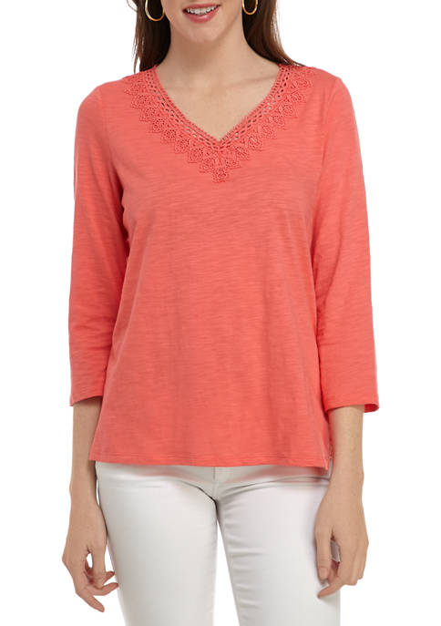 Womens Slub 3/4 Sleeve V-Neck Top with Lace Trim