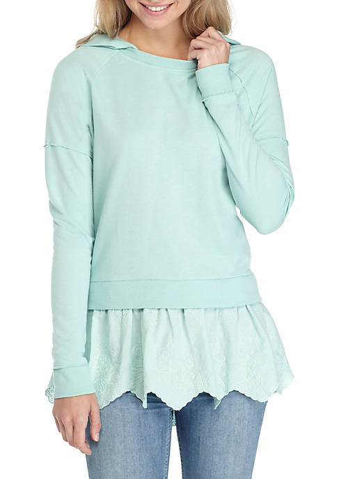 TRUE CRAFT Lace Underlay Sweatshirt