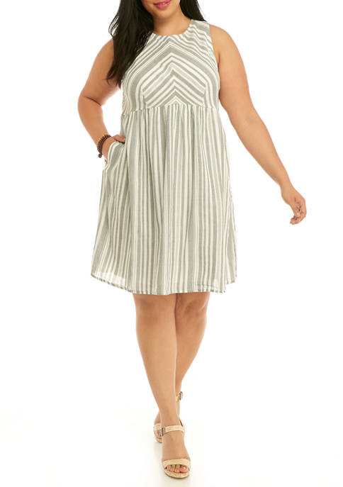 Plus Size Pocket Dress