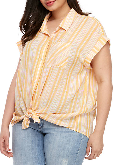 Plus Size Woven Short Sleeve Tie Front Top