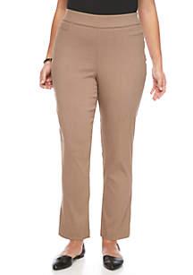 Plus Size Solid Dress Pant Short