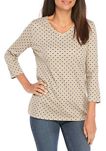 Kim Rogers® Petite 3/4 Sleeve V Neck Diamond Print Top