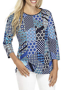 Petite 3/4 Sleeve Rope Neck Patch Print Top