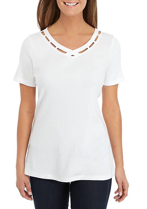 Short Sleeve Detailed V-Neck Top