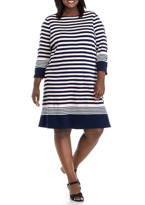 Plus Size 3/4 Scallop Sleeve Dress