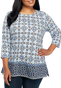 Plus Size Roll-Tab Henley Border Print Top