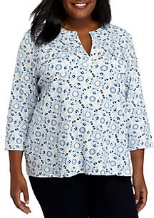 Plus Size Three-Quarter Sleeve Pocket Henley