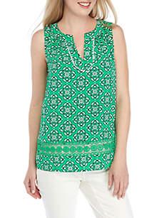 Crown & Ivy™ Sleeveless Printed Top