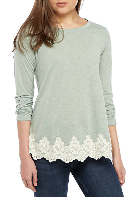 Jolt Solid Lace Hem Knit Top
