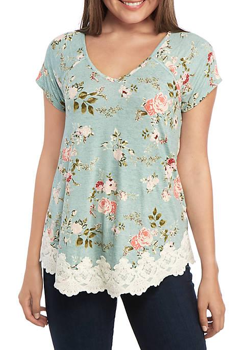 Short Sleeve Knit V Neck Lace Hem Top