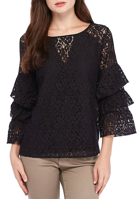 Nice Fever Tier Sleeve Lace Top