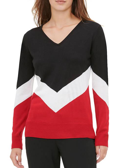 Calvin Klein Womens V-Neck V Stripe Sweater