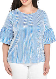 Plus Size Seersucker Puff Sleeve Blouse