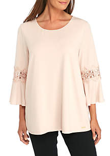 Plus Size 3/4 Flare Lace Sleeve Top