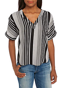 Short Sleeve High Low V-Neck Print Top