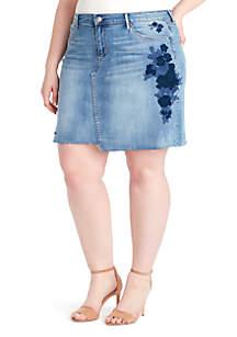 Plus Size Wonderland Embroider Mini Skirt