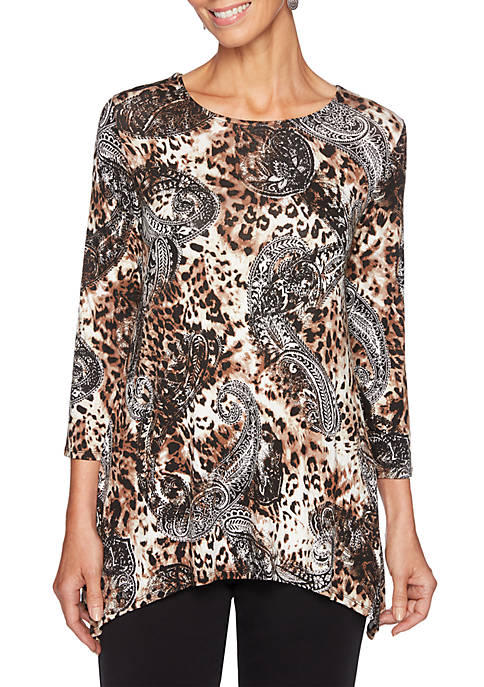 Plus Size Must Haves Paisley Sharkbite Top