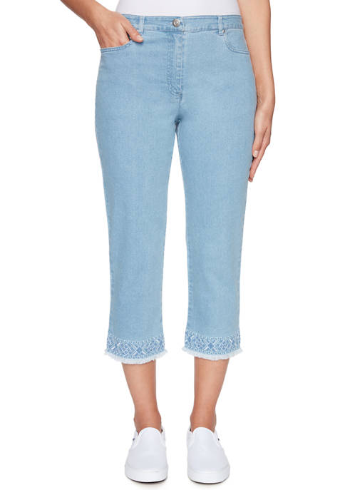 Petite Lovely Day Fly-Front Soft Stretch Embroidered Denim Capris