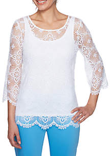 Je Taime Three-Quarter Sleeve Medallion Lace Top