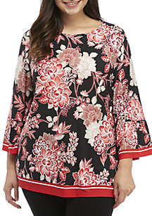 Plus Size 3/4 Sleeve Floral Print Top