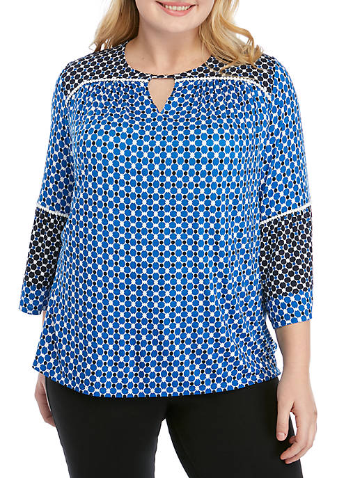 Plus Size Cabana Club Geometric Sharkbite Top