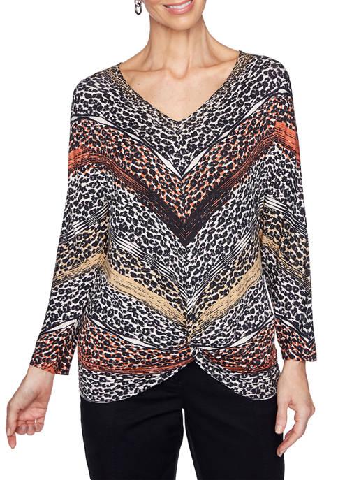 Petite On Safari Kimono Sleeve Embellished V-Neck Leopard Knit Top