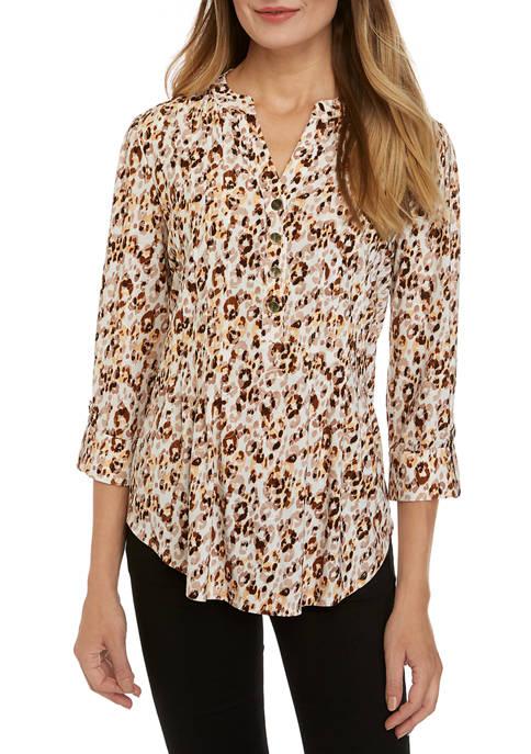 Womens 3/4 Sleeve Animal Henley Top