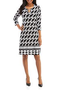 Three Quarter Sleeve Hardware Neck Printed Dress