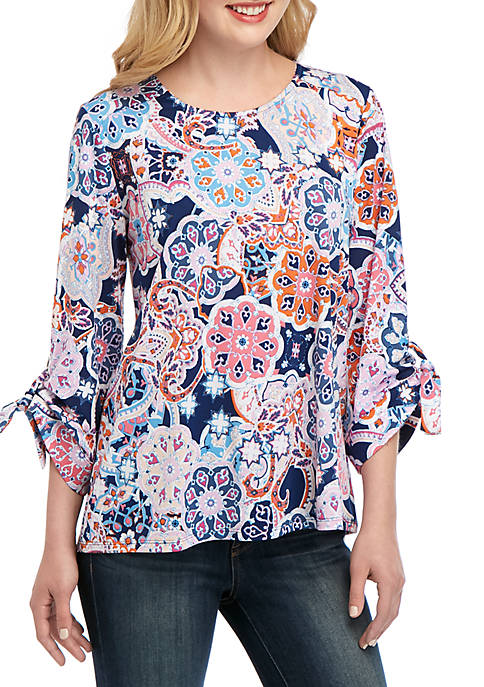 3/4 Grommet Sleeve Medallion Print Top