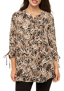 New Directions® Petite Polished Print 3/4 Cinch Sleeve Tunic