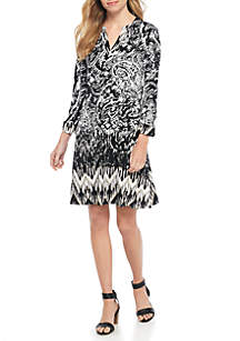Petite Three-Quarter Sleeve Y-Neck Dress