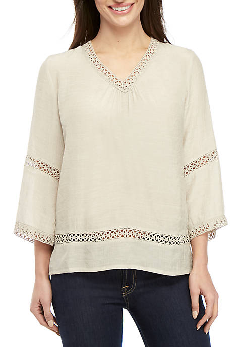 Petite 3/4 Sleeve Crochet Inset Woven Top