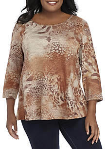 Plus Size 3/4 Sleeve Animal Swing Hattchi Top