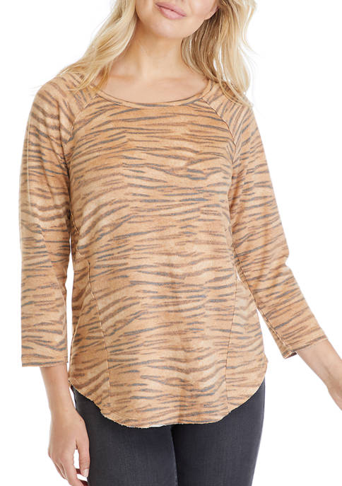 Womens 3/4 Sleeve Knit Top