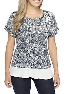Petite Short Sleeve Printed Top With Solid Layer Hem