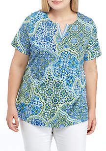Plus Size Printed Split Neck Tee