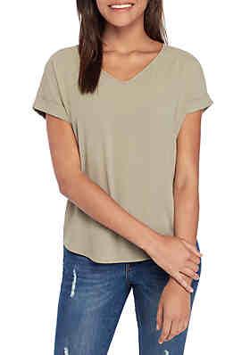 bbf54fc67535 Pink Rose Short Sleeve V Neck Woven T Shirt ...