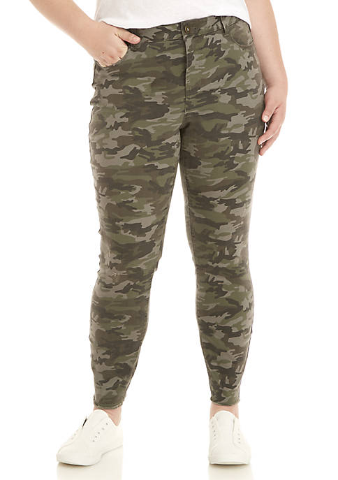 Plus Size Midrise Skinny Jeans