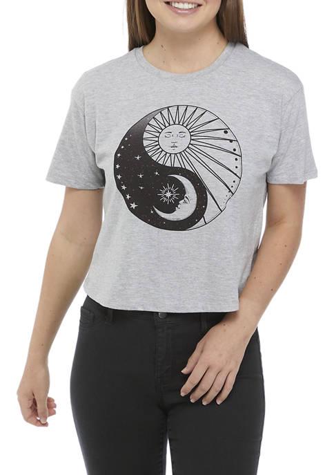 Short Sleeve Yin Yang Graphic T-Shirt