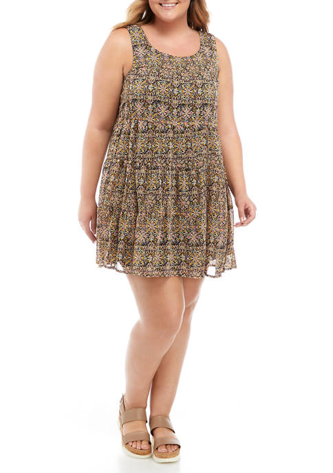 Plus Size Floral Tiered Woven Dress