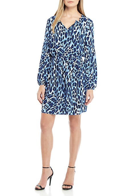 Crown & Ivy™ Long Sleeve Ruffle Neck Printed