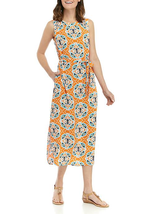 Crown & Ivy™ Sleeveless Tie Waist Curved Hem