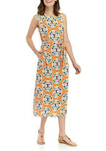 Crown & Ivy™ Sleeveless Tie Waist Curved Hem Printed Dress