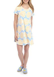 Crown & Ivy™ Short Sleeve Pleated Back Printed Swing Dress