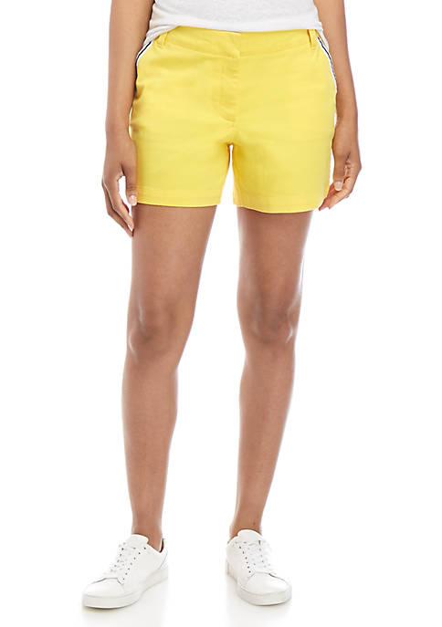 Crown & Ivy™ Caroline Solid Shorts