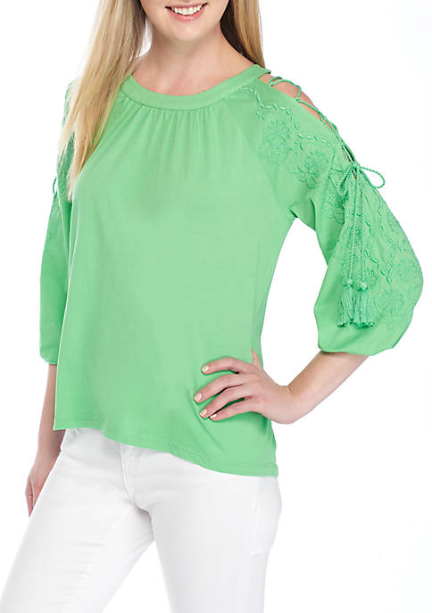 Crown & Ivy™ Embroidered Cold Shoulder Top