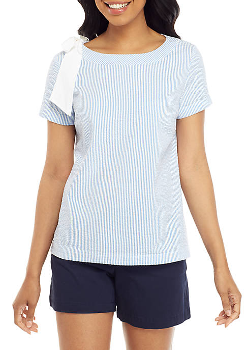 Crown & Ivy™ Short Sleeve Seersucker Top