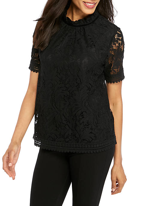 Crown & Ivy™ Womens Layered Button Back Lace