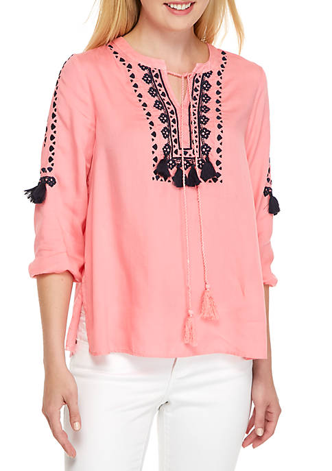 Crown & Ivy™ Three-Quarter Embellished Front Peasant Top
