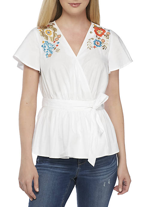 Crown & Ivy™ Short Sleeve Embroidered Surplice Neck